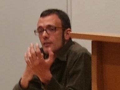 """Isaac Rosa: """"La crisis debería ser el estado natural de una literatura viva"""""""