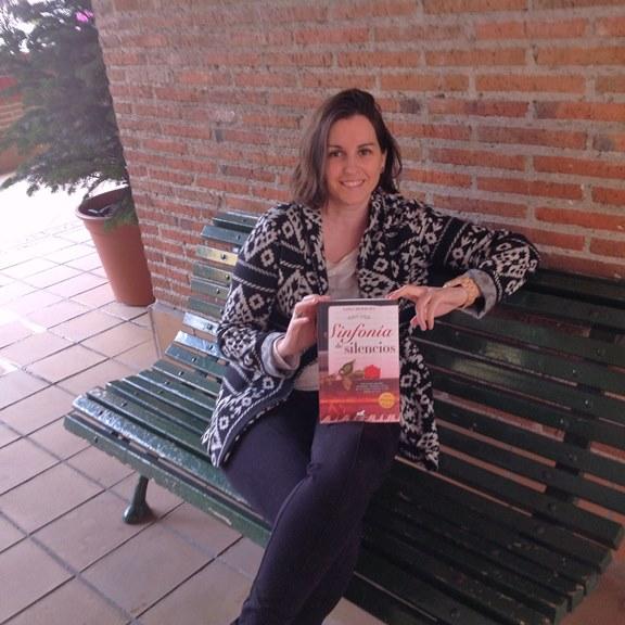 Lidia Herbada con Sinfonía de silencios